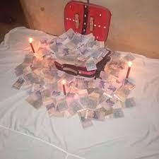 La valise magique très puissant qui multiplie une quantité d'argent
